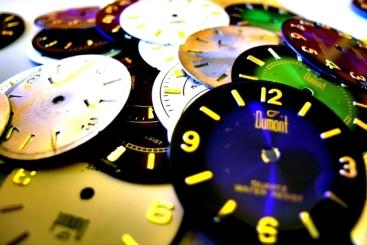 clocks-1426883-639x426