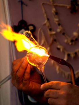 fire-of-art-1436574-639x853