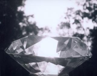 diamond-1504934-639x504