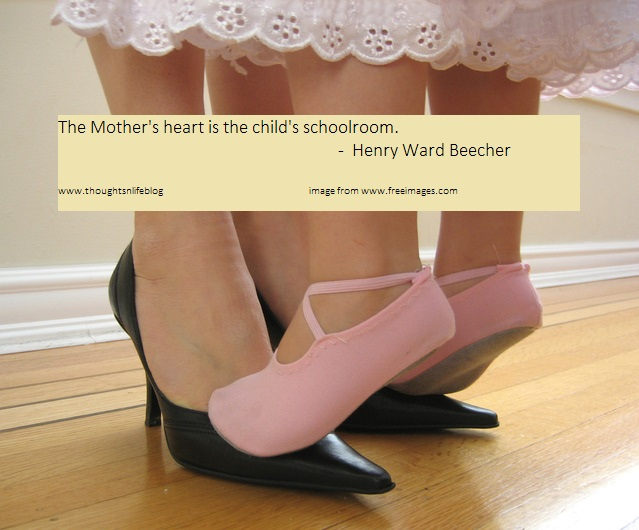 mothers day dancing-1312723-639x530 wp