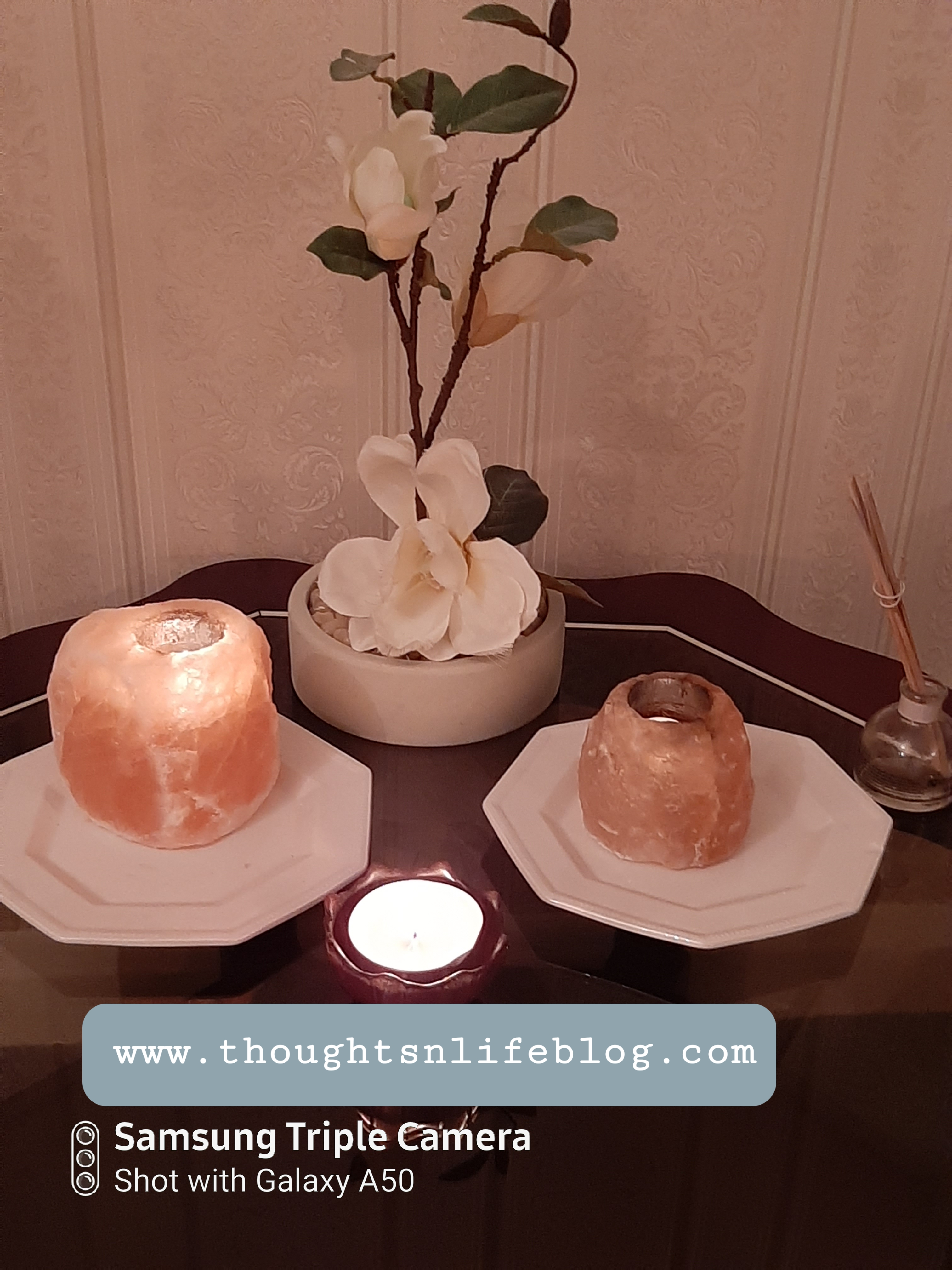 How to Create A Meditation Space/Nook In Your Home  Himalayan salt lamps www.thoughtsnlifeblog.com